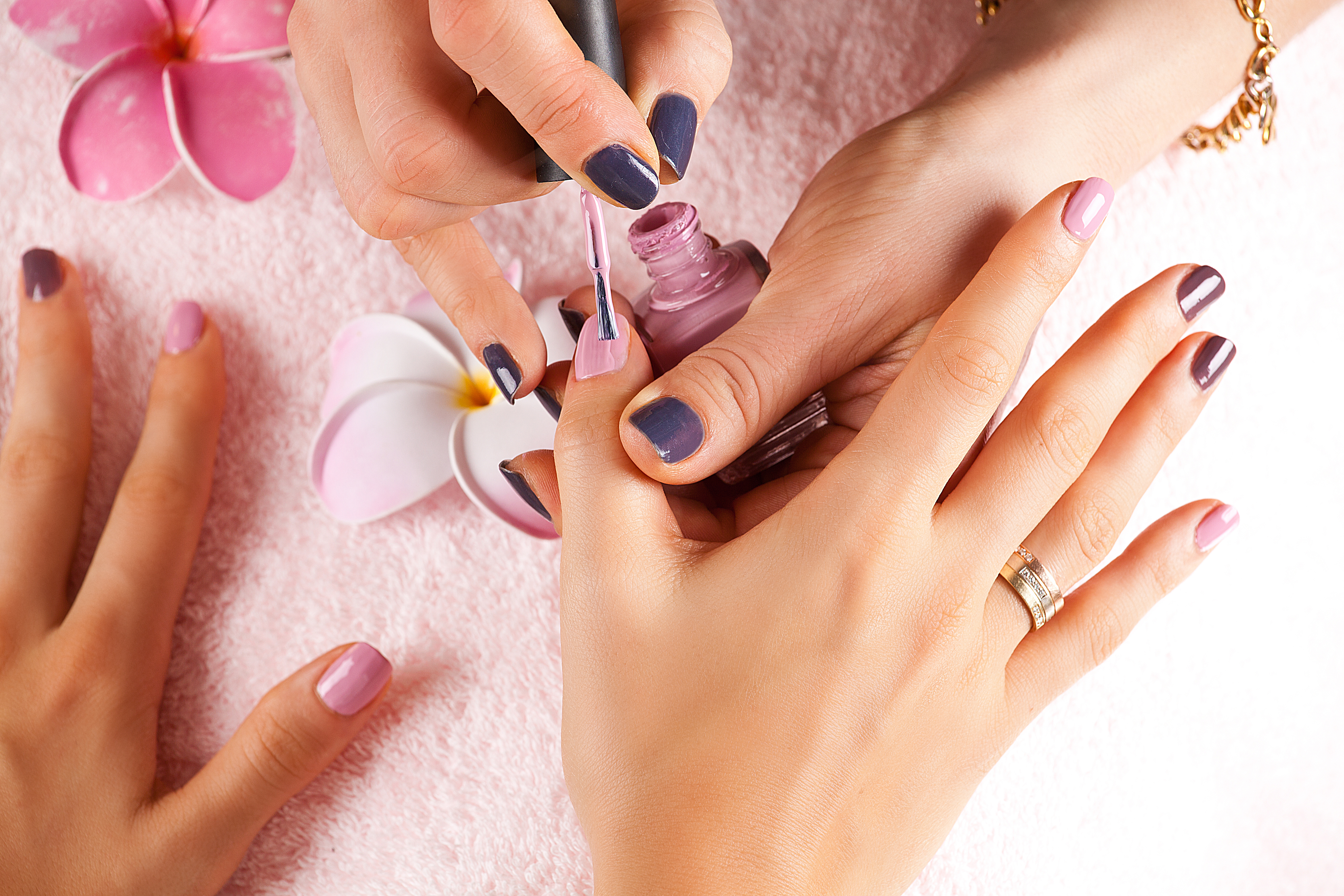 Caesars Nails & Day Spa Contact Luxury Nail Salon & Day Spa in ...